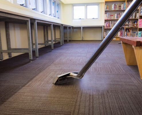 professional, non-disruptive commercial cleaning services